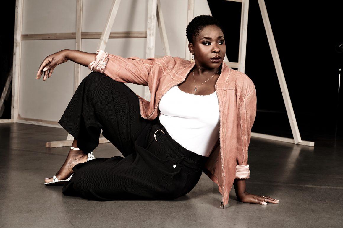 Curvy Model für die #myperfectstyle Kampagne von sheego